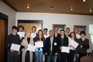 LVS Ascot students with Paul Holmes and Keith Grainger from Sellmax